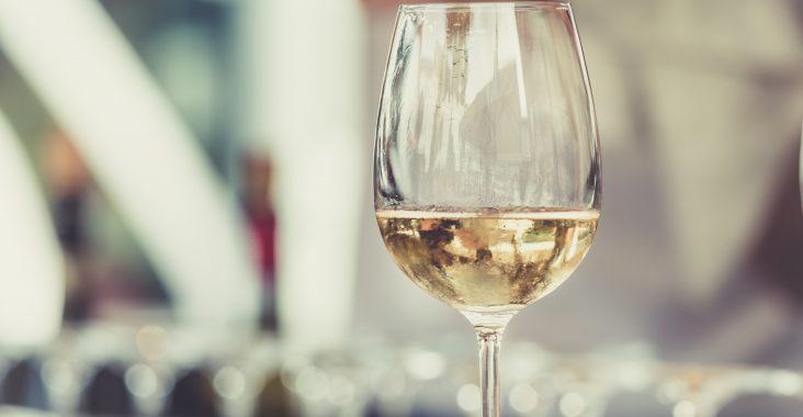 Vin til festlige fejringer - find den online