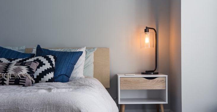 Find en designerbordlampe billigt på Black Friday