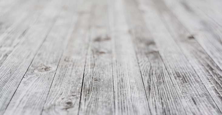 Fine og lyse gulve med en gulvafslibning og en sæbebehandling