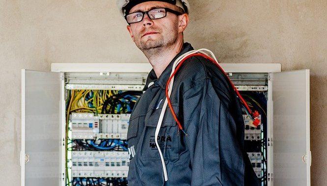Her finder du byens bedste elektriker i Faxe